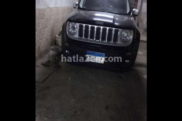 Renegade Jeep أسود