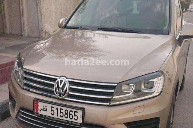 Touareg Volkswagen ذهبي