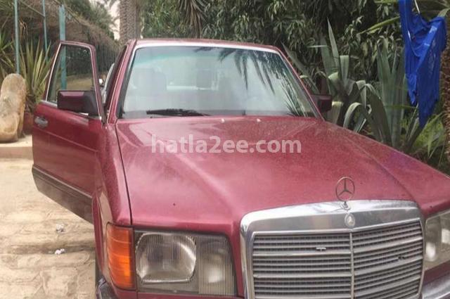 S 300 Mercedes احمر غامق
