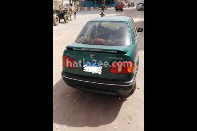 Corolla Toyota اخضر غامق