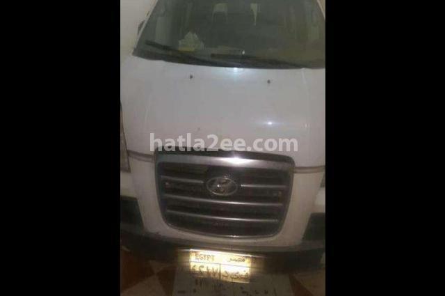 H1 Hyundai أبيض