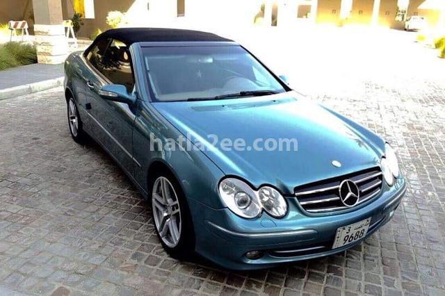 240 Mercedes أزرق
