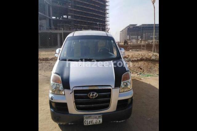 H1 Hyundai فضي