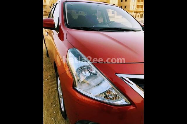 Sunny Nissan احمر