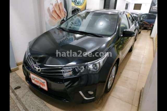 Corolla Toyota أسود