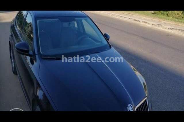 Octavia A7 Skoda أسود