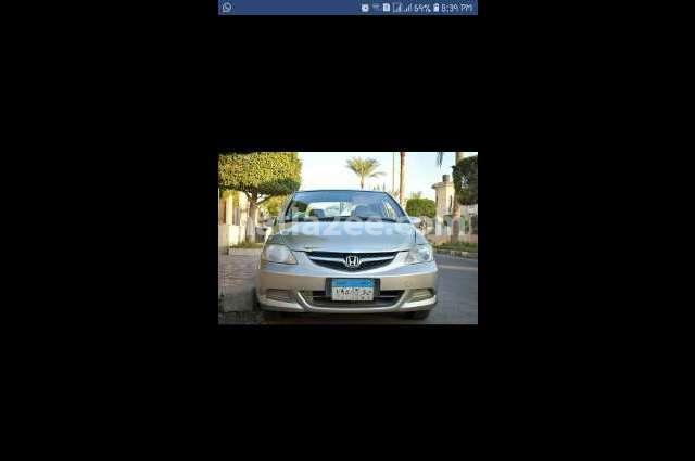 City Honda فضي