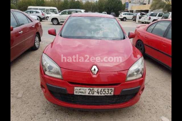 Megane Renault احمر