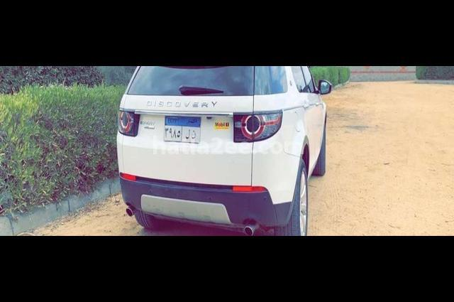 Discovery sport Land Rover أبيض