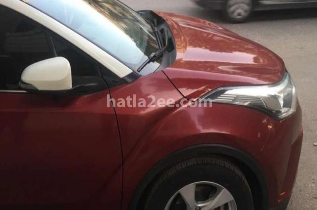 C-HR Toyota احمر غامق