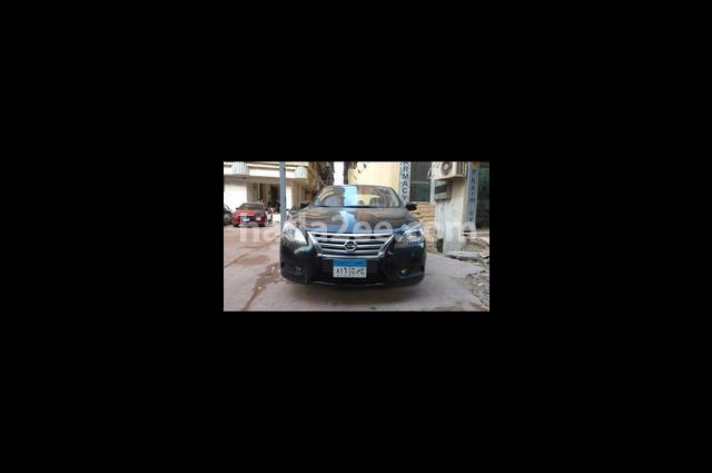 Sentra Nissan Black