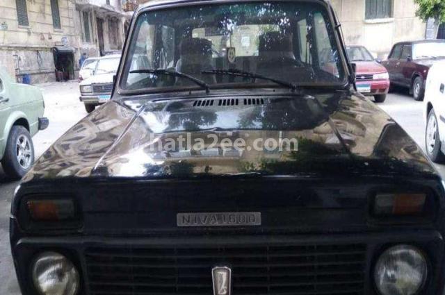 Niva Lada أسود