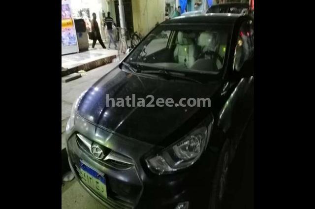 Accent Hyundai أسود