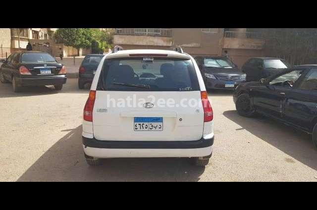 Matrix Hyundai أبيض