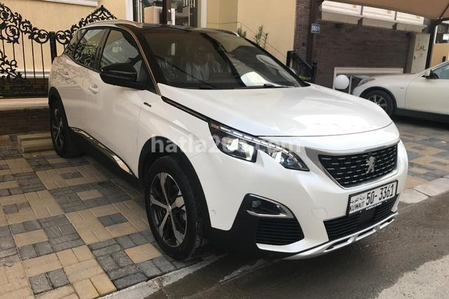 3008 Peugeot أبيض