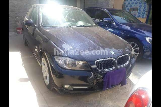 320 BMW Dark blue