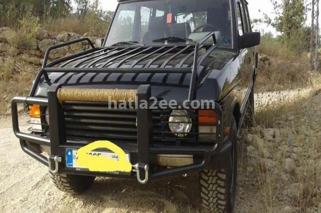 Range Rover Land Rover أسود