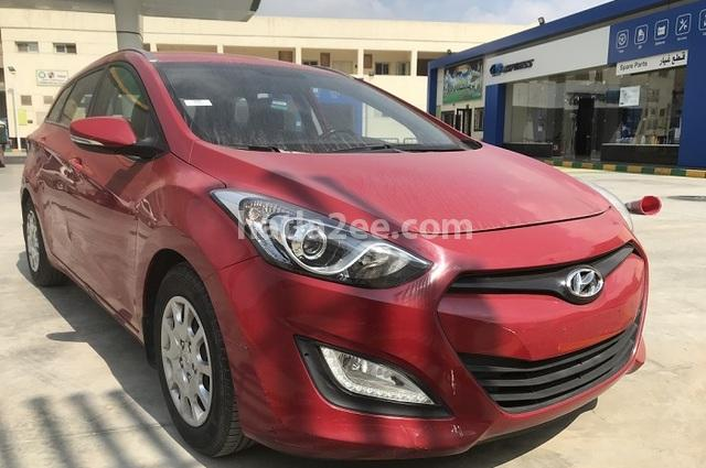 I30 Hyundai Dark red