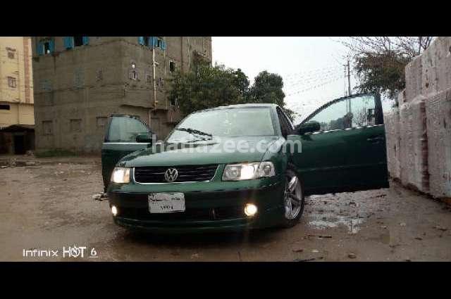 Passat Volkswagen أخضر