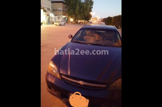 Epica Chevrolet الأزرق الداكن