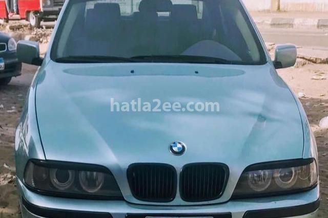520 BMW أخضر