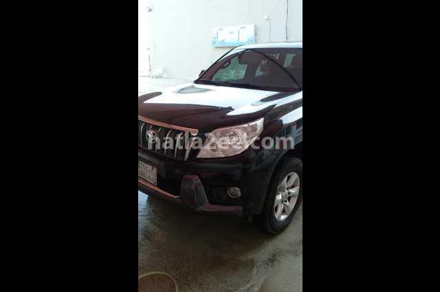 Prado Toyota أسود