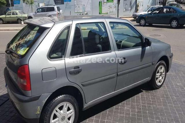Parati Volkswagen رمادي