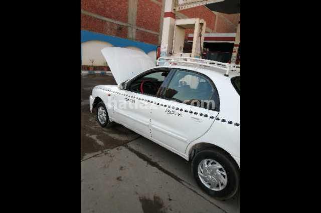 Lanos Chevrolet White