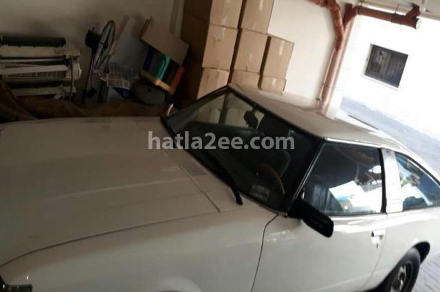 Celica Toyota أبيض