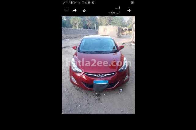 Elantra MD Hyundai احمر