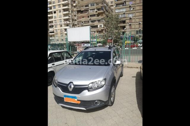Sandero Step Way Renault فضي