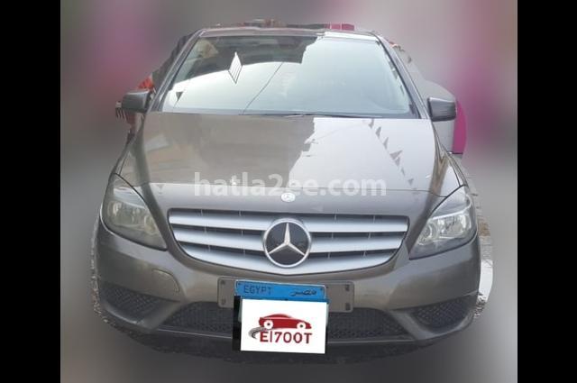 B 200 Mercedes Olive