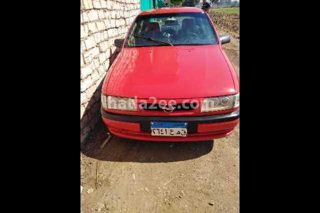 Vectra Opel احمر غامق