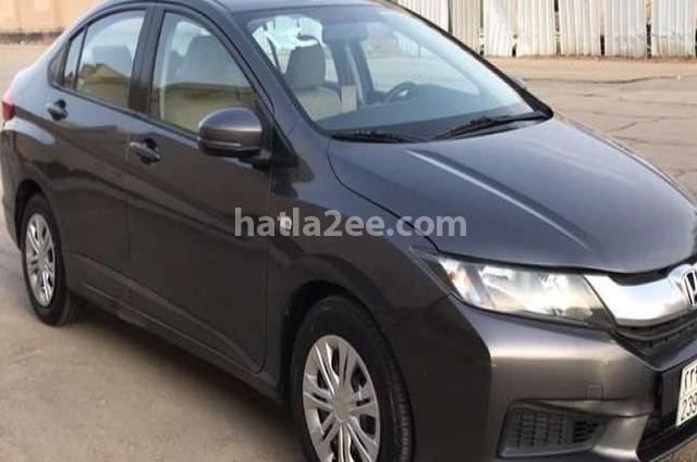 City Honda أسود