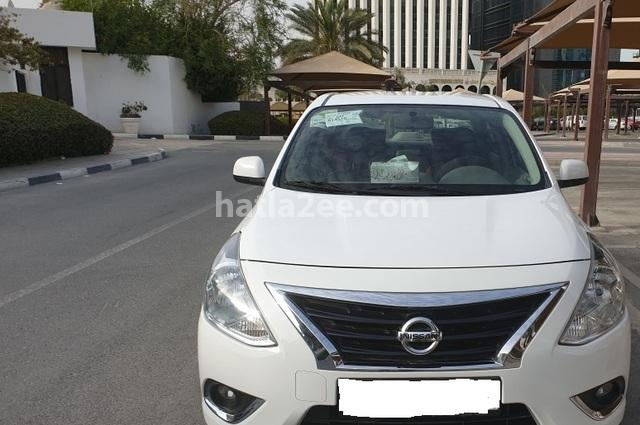 Sunny Nissan أبيض