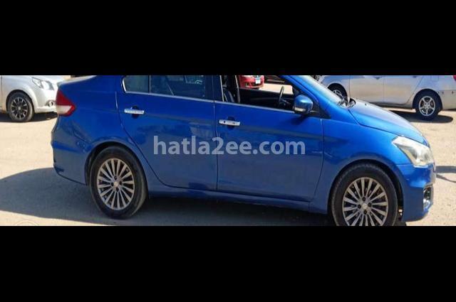 Ciaz Suzuki أزرق