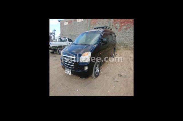 H1 Hyundai أسود