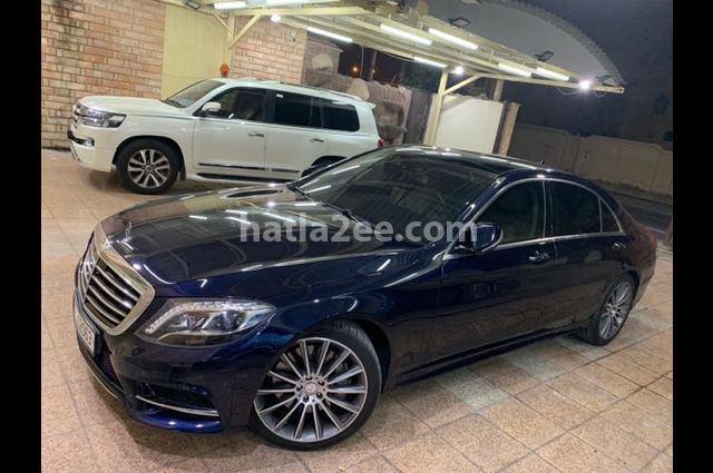 450 Mercedes الأزرق الداكن