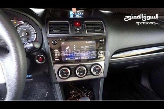 XV Subaru أسود