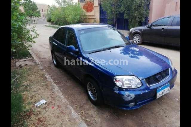 Verna Hyundai أزرق
