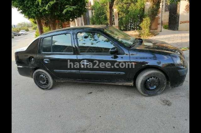 Clio Renault أسود