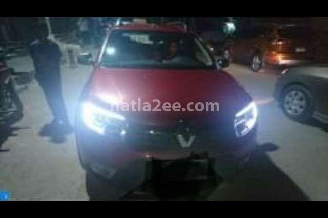 Sandero Step Way Renault احمر غامق