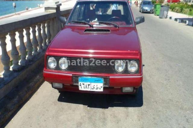 Polonez Fiat احمر غامق