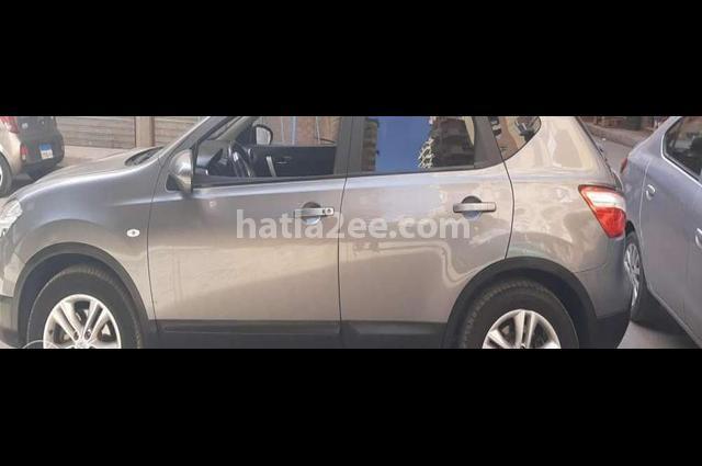 Qashqai Nissan Gray