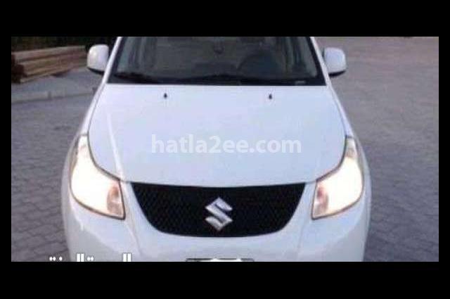 Sx4 Suzuki أبيض