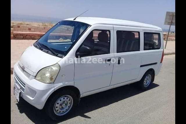 N300 Chevrolet أبيض