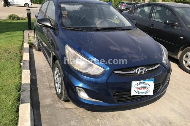 Accent RB Hyundai أزرق
