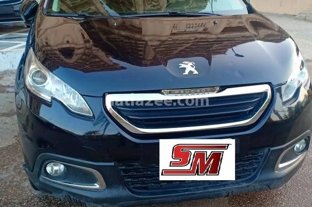 2008 Peugeot أسود