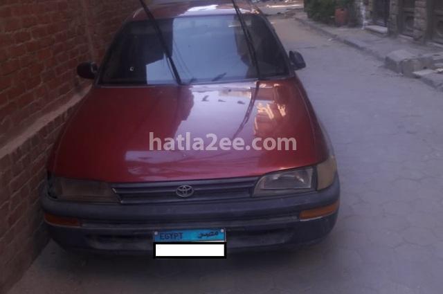 Corolla Toyota احمر غامق