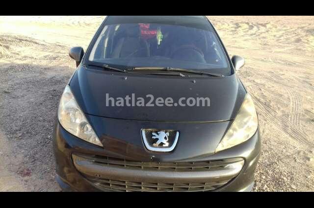 207 Peugeot أسود